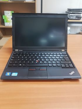 Lenovo ThinkPad X230 + Antishock bag